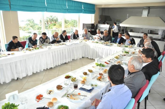 Adıyamanlılar Vakfı İlk Meclis Çalıştayını Alanya da Gerçekleştirdi